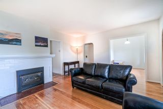 Photo 2: 2646 MCGILL Street in Vancouver: Hastings Sunrise House for sale (Vancouver East)  : MLS®# R2398849