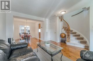 Photo 4: 1564 DUPLANTE Avenue in Ottawa: House for lease : MLS®# 40162711