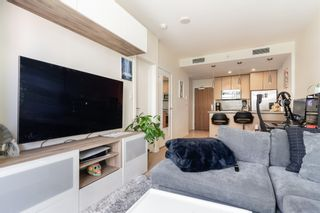 """Photo 9: 315 38 W 1ST Avenue in Vancouver: False Creek Condo for sale in """"The One"""" (Vancouver West)  : MLS®# R2597400"""