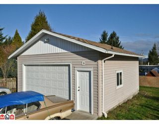 Photo 10: 2210 MARTENS Street in Abbotsford: Poplar House for sale : MLS®# F1003280