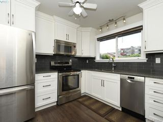 Photo 13: 44 1506 Admirals Rd in VICTORIA: VR Glentana Row/Townhouse for sale (View Royal)  : MLS®# 818183