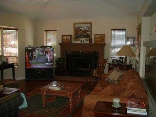 Photo 3: 939 CITADEL DR in Port_Coquitlam: Citadel PQ House for sale (Port Coquitlam)  : MLS®# V385271