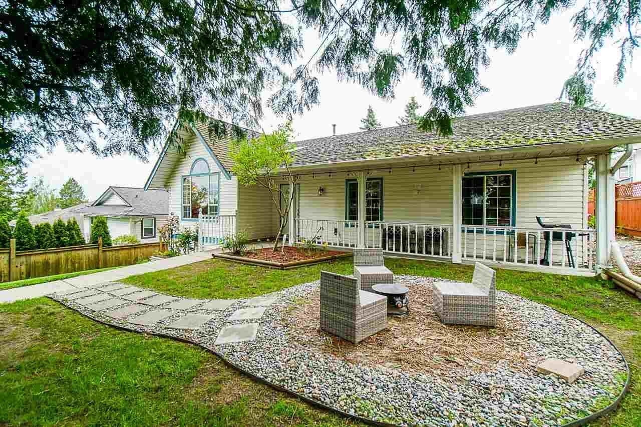 "Main Photo: 18055 64 Avenue in Surrey: Cloverdale BC House for sale in ""CLOVERDALE"" (Cloverdale)  : MLS®# R2572138"