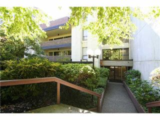"""Photo 17: 106 1955 WOODWAY Place in Burnaby: Brentwood Park Condo for sale in """"DOUGLAS VIEW"""" (Burnaby North)  : MLS®# V1137770"""