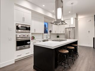 Photo 12: 2725 18 Street SW in Calgary: South Calgary House for sale : MLS®# C4025349