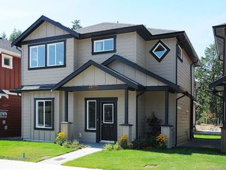 Photo 1: 3388 Merlin Rd in Langford: La Happy Valley House for sale : MLS®# 589575