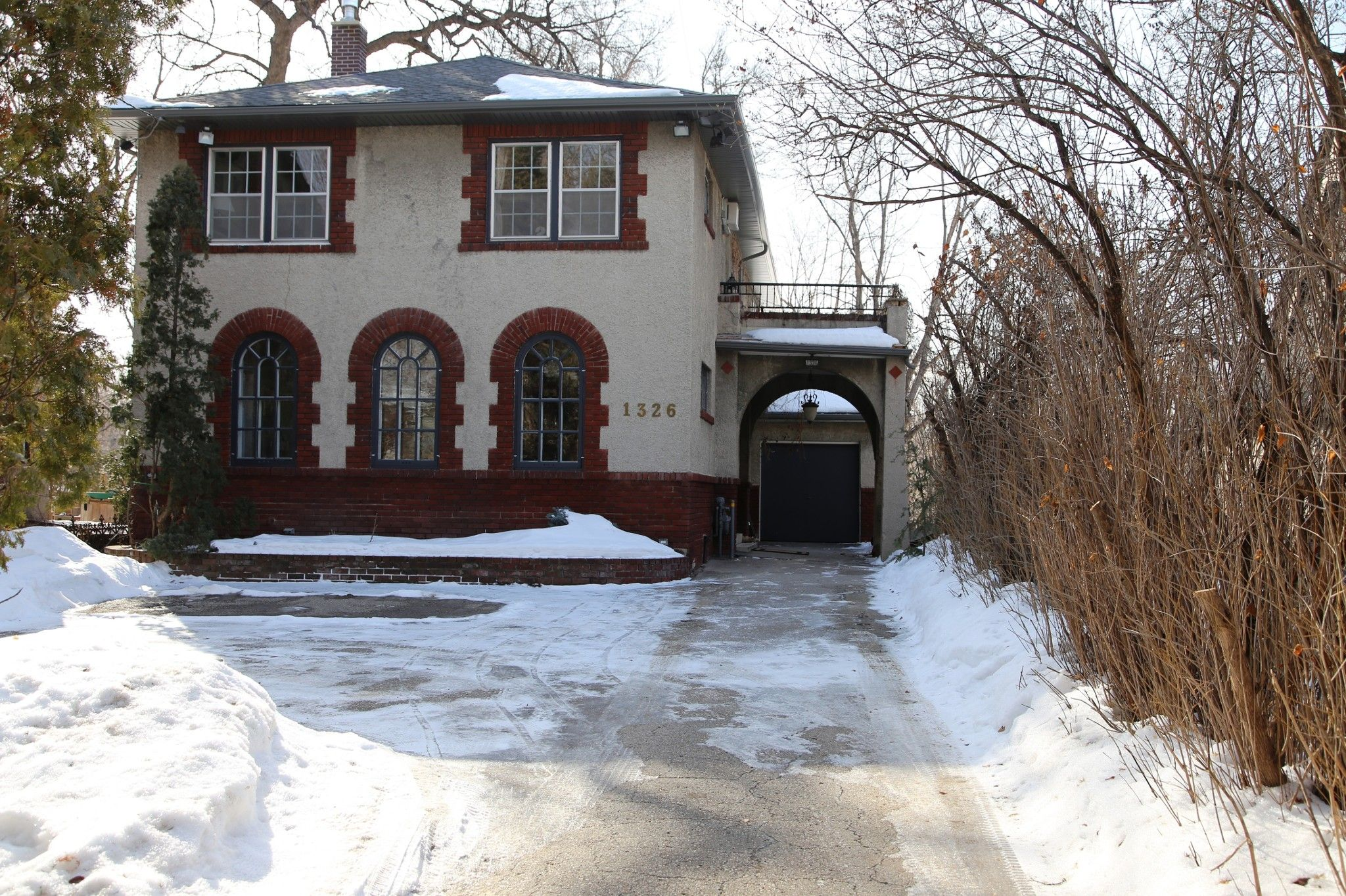 Welcome to 1326 Wolseley Ave on the River!
