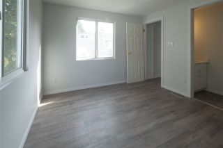 Photo 5: 101 7790 KING GEORGE Boulevard in Surrey: Bear Creek Green Timbers Manufactured Home for sale : MLS®# R2543662