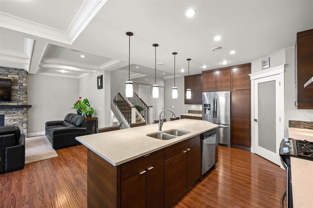 """Photo 7: Photos: 7796 211B Street in Langley: Willoughby Heights House for sale in """"YORKSON"""" : MLS®# R2480434"""