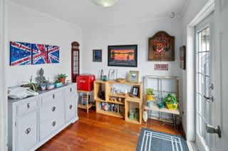 Photo 12: 1713/1715 Fernwood Rd in : Vi Fernwood House for sale (Victoria)  : MLS®# 871097