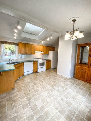 Photo 7: 106 2500 GRANT Road in Prince George: Hart Highway Manufactured Home for sale (PG City North (Zone 73))  : MLS®# R2622359