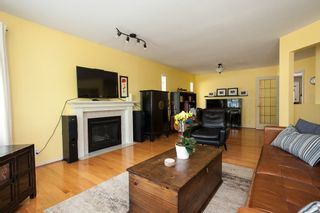 Photo 4: 7982 161A Street in Surrey: Fleetwood Tynehead House for sale : MLS®# R2172803