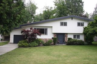 Photo 1: 2588 Birch Street in Abbotsford: Abbotsford East House for sale : MLS®# R2481340