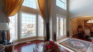 Photo 2: 11120 179 Avenue in Edmonton: Zone 27 House for sale : MLS®# E4239385