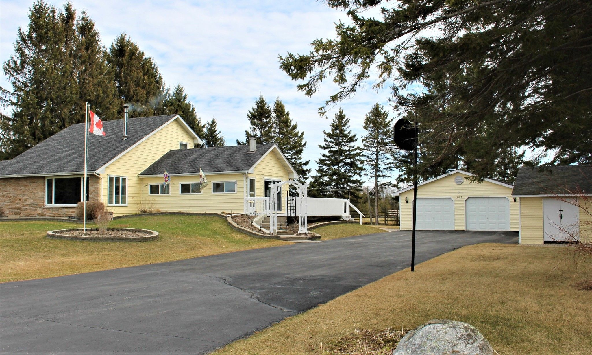 Main Photo: 197 Station Road in Grafton: House for sale : MLS®# 188047
