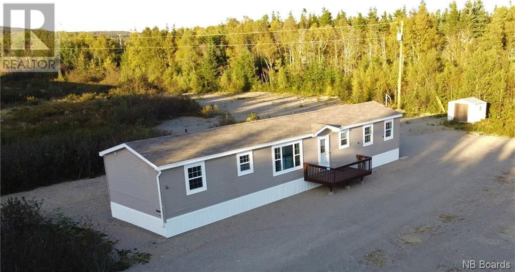 Main Photo: 352 Route 175 in Pennfield: House for sale : MLS®# NB064353
