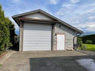 Photo 11: 8876 BROADWAY Street in Chilliwack: Chilliwack E Young-Yale House for sale : MLS®# R2578773
