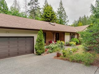 Photo 2: 1020 Readings Dr in : NS Lands End House for sale (North Saanich)  : MLS®# 875067