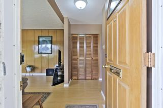 Photo 2: 8411 54 Street in Edmonton: Zone 18 House for sale : MLS®# E4260377