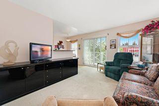 Photo 2: 301 1683 Balmoral Ave in : CV Comox (Town of) Condo for sale (Comox Valley)  : MLS®# 875640