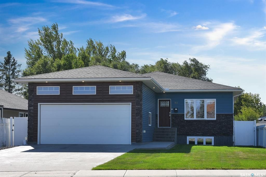 Main Photo: 158 Wood Lily Drive in Moose Jaw: VLA/Sunningdale Residential for sale : MLS®# SK871013