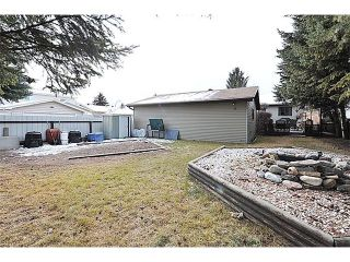 Photo 2: 12 MCKERNAN Court SE in Calgary: McKenzie Lake House for sale : MLS®# C4039610