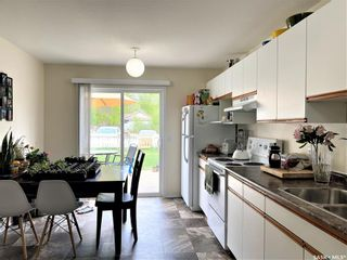 Photo 5: 909 I Avenue South in Saskatoon: Riversdale Residential for sale : MLS®# SK855889