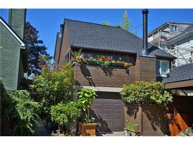 Main Photo: 2714 W 2ND AVENUE in : Kitsilano Townhouse for sale (Vancouver West)  : MLS®# V1025599