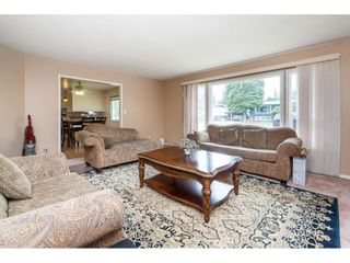 """Photo 4: 33329 RAINBOW Avenue in Abbotsford: Abbotsford West House for sale in """"Hoon Park"""" : MLS®# R2452789"""