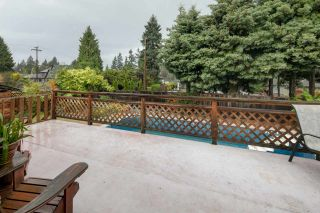 Photo 11: 1308 BAYVIEW Square in Coquitlam: Harbour Chines House for sale : MLS®# R2123105