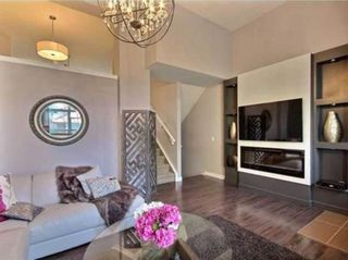 Photo 4: 2 1302 Russell Road NE in Calgary: Renfrew Row/Townhouse for sale : MLS®# A1146794