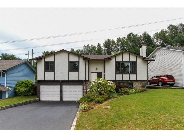 "Main Photo: 1073 SPAR Drive in Coquitlam: Ranch Park House for sale in ""RANCH PARK"" : MLS®# V1126781"