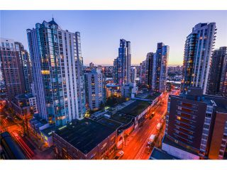 """Photo 13: 1906 1295 RICHARDS Street in Vancouver: Downtown VW Condo for sale in """"OSCAR"""" (Vancouver West)  : MLS®# V1048145"""