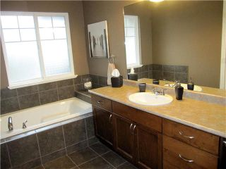 """Photo 7: 60 11720 COTTONWOOD Drive in Maple Ridge: Cottonwood MR Townhouse for sale in """"COTTONWOOD GREEN"""" : MLS®# V1102875"""