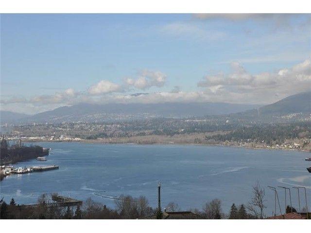 Main Photo: 7040 MALIBU DR in Burnaby: Westridge BN House for sale (Burnaby North)  : MLS®# V1104735