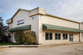 Main Photo: 10 Cedar Drive in Niverville: Industrial / Commercial / Investment for sale (R07)  : MLS®# 202104043