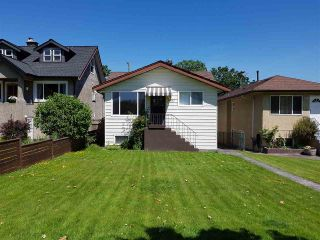 Photo 1: 2867 CAMBRIDGE Street in Vancouver: Hastings East House for sale (Vancouver East)  : MLS®# R2213998