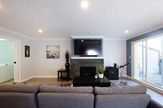 "Photo 4: 219 4889 53 Street in Delta: Hawthorne Condo for sale in ""GREEN GABLES"" (Ladner)  : MLS®# R2382321"