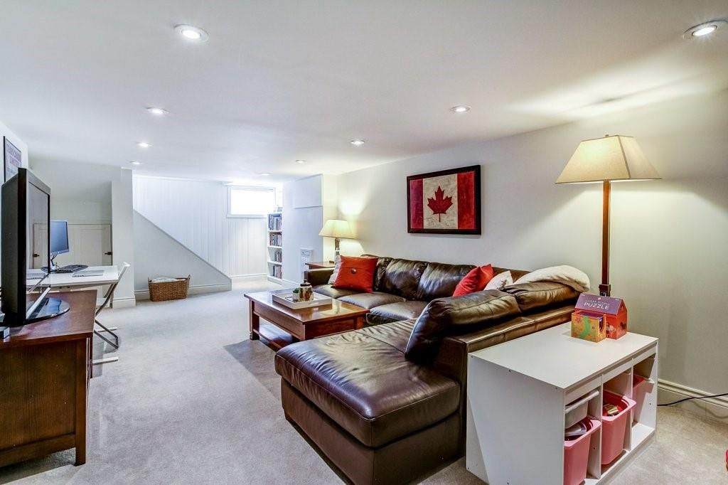 Photo 20: Photos: 2095 EMERALD Crescent in Burlington: Residential for sale : MLS®# H4083069
