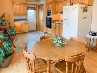 Photo 6: 2 Pinecrest Boulevard in Bridgewater: 405-Lunenburg County Residential for sale (South Shore)  : MLS®# 202109793