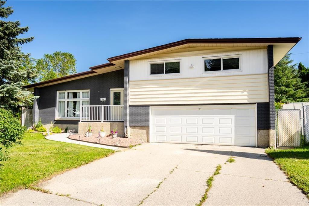 Main Photo: 50 Ericsson Bay in Winnipeg: Residential for sale (5G)  : MLS®# 202016667