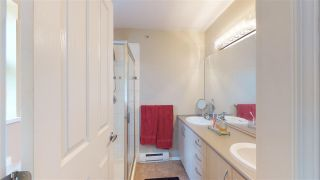 """Photo 10: 138 6747 203 Street in Langley: Willoughby Heights Townhouse for sale in """"Sagebrook"""" : MLS®# R2396835"""