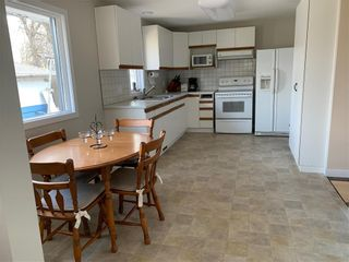 Photo 8: 249 Ash Avenue: Winnipeg Beach Residential for sale (R26)  : MLS®# 202011667