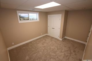 Photo 32: 825 Hamilton Drive in Swift Current: Highland Residential for sale : MLS®# SK834024
