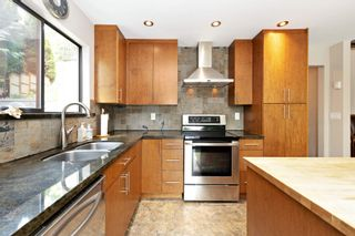 Photo 8: 1773 VIEW Street in Port Moody: Port Moody Centre House for sale : MLS®# R2600072