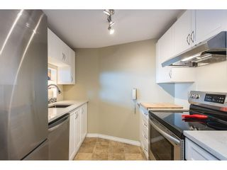 """Photo 11: 502 15111 RUSSELL Avenue: White Rock Condo for sale in """"Pacific Terrace"""" (South Surrey White Rock)  : MLS®# R2597995"""