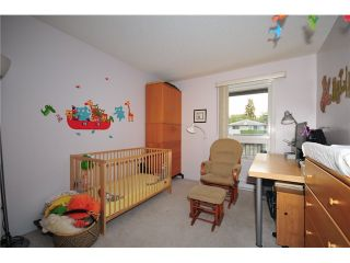 """Photo 5: 307 1060 E BROADWAY in Vancouver: Mount Pleasant VE Condo for sale in """"MARINER MEWS"""" (Vancouver East)  : MLS®# V856791"""