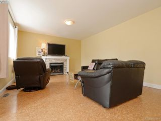 Photo 3: 10141 Bowerbank Rd in SIDNEY: Si Sidney North-East House for sale (Sidney)  : MLS®# 804548