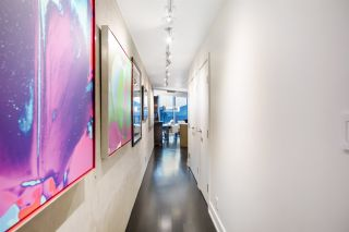 """Photo 14: 3402 1111 ALBERNI Street in Vancouver: West End VW Condo for sale in """"Shangri-La Live/Work"""" (Vancouver West)  : MLS®# R2482149"""