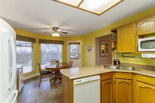 Photo 12: 19639 SOMERSET Drive in Pitt Meadows: Mid Meadows House for sale : MLS®# R2524846